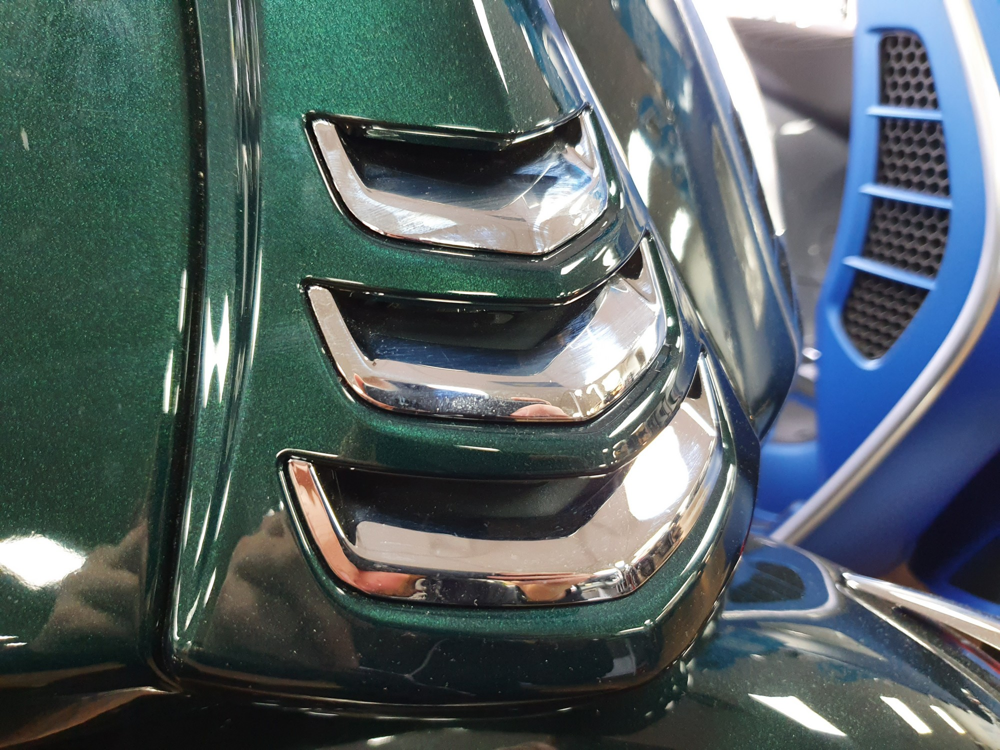 Chrome Horn Cover Grill Fins 3 Pack Vespa Gts My19 Midland Scooter Centre Midland Scooter Centre